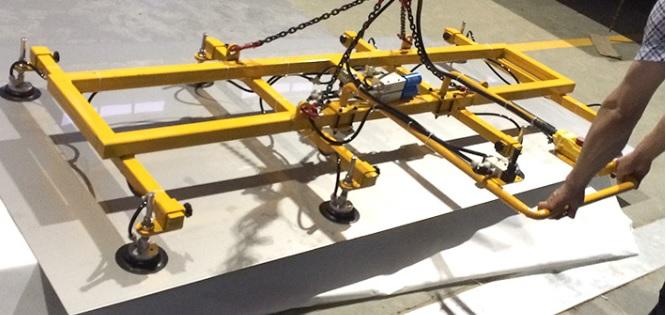 1吨重不锈钢板材如何抓取?